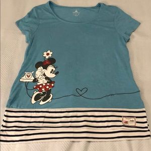 DISNEY PARKS MICKEY&MINNIE MOUSE TOP